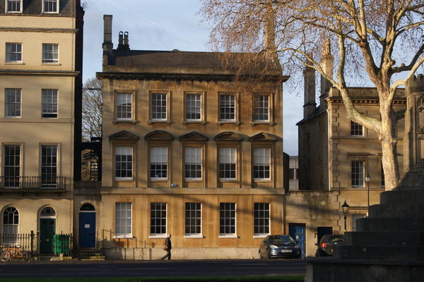External image of 37a St Giles building with tree and sunshine