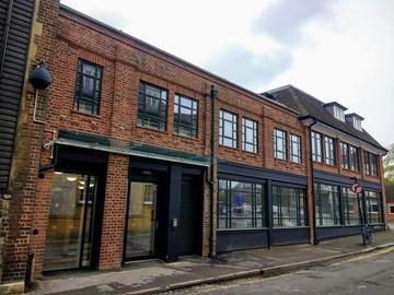 42 Park End Street