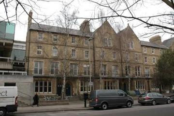 Photo of the exterior of 1-4 Keble Road buildings